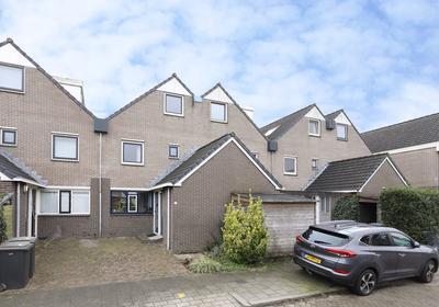 Eger 6 in Uithoorn 1423 GC