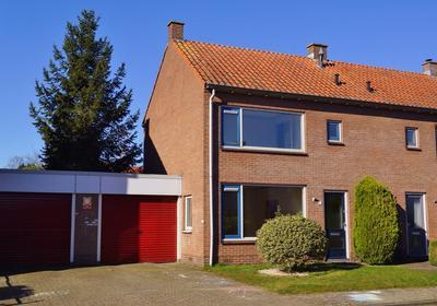 Anjerstraat 7 in Oldebroek 8096 VJ