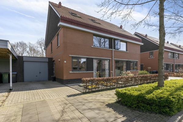Bosbeekjuffer 29 in Enschede 7532 TA