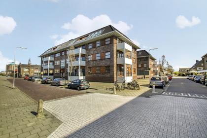 Doormanplein 51 in Capelle Aan Den IJssel 2901 AG