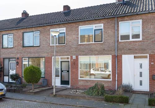Kleine Beerstraat 12 in Hengelo 7557 WN