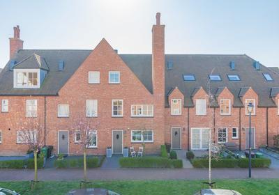 Catharina Van Aragonlaan 103 in Hoofddorp 2135 VA