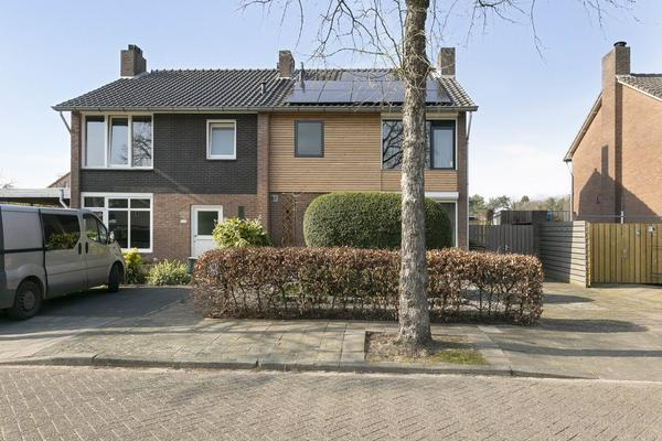 Breeakkerstraat 37 in Son En Breugel 5691 TN