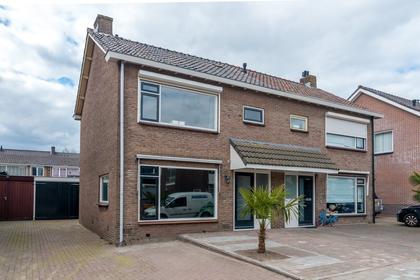 Anjerstraat 13 in Veenendaal 3905 ZB