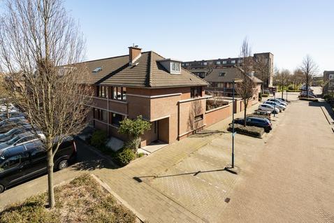 Okanhout 71 in Zoetermeer 2719 KV