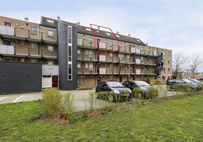 Boris Pasternak-Erf 308 in Dordrecht 3315 BW