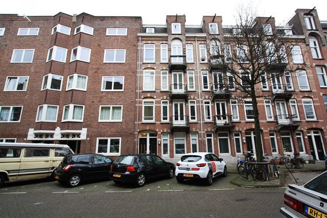 Amaliastraat 8