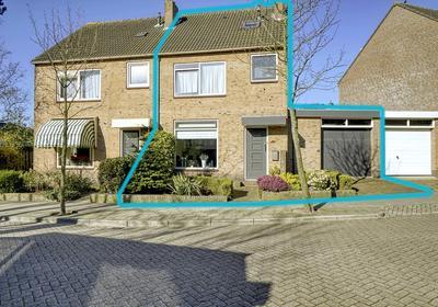 Huetingstraat 7 in Katwijk 2223 BM