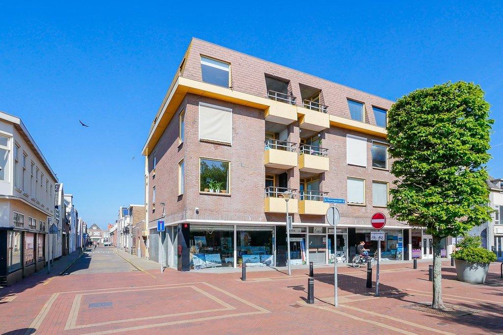 Koningdwarsstraat 76