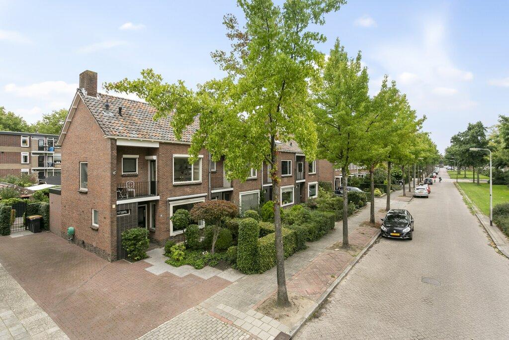 Constantijn Huygensstraat 44 te koop bij Mercurius Makelaars
