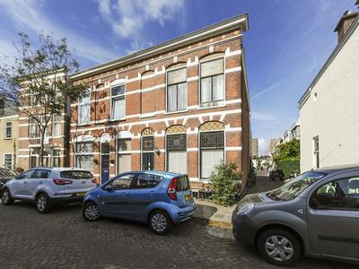 Dirk Hoogenraadstraat