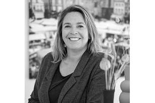Suzanne Verhooren-Roberts