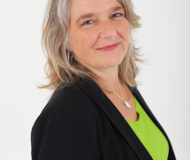 Monique van Staaveren
