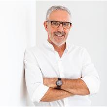 Henk N. van Hoek