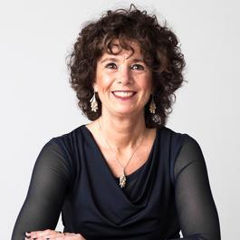 Marianne Simons